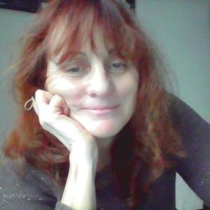 Femme brune de 61ans à Lyon